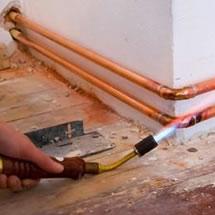 Instalação e manutenção de tubulação de gás